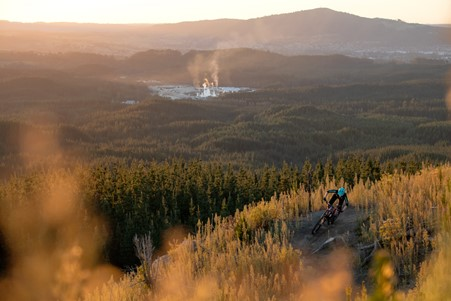 You are currently viewing Top five outdoor things to do this Autumn in Rotorua as recommended by Rotorua's leading commercial and house washing service, Exterior Washing Services.