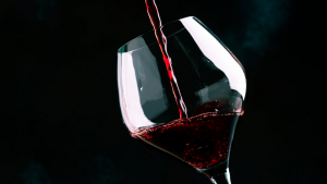 Read more about the article Raise a glass and celebrate Pinot Noir Day with award-winning Central Otago winery Waitiri Creek.