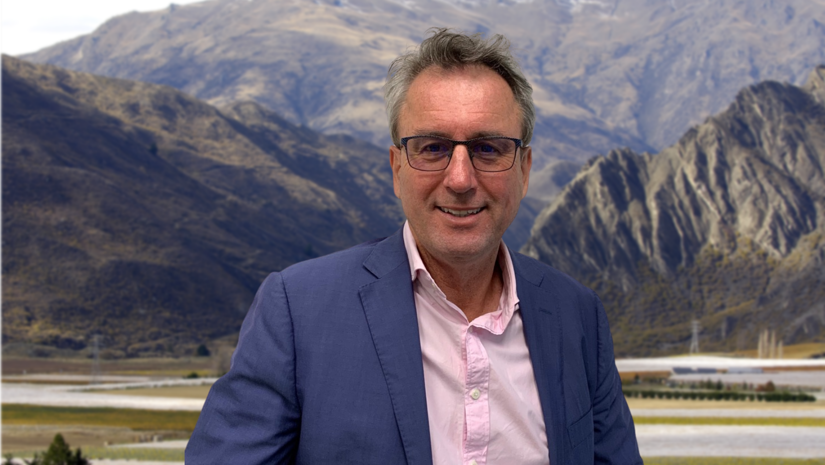 You are currently viewing The award-winning Central Otago winery Waitiri Creek announce new brand ambassador – Tony Mitchell.