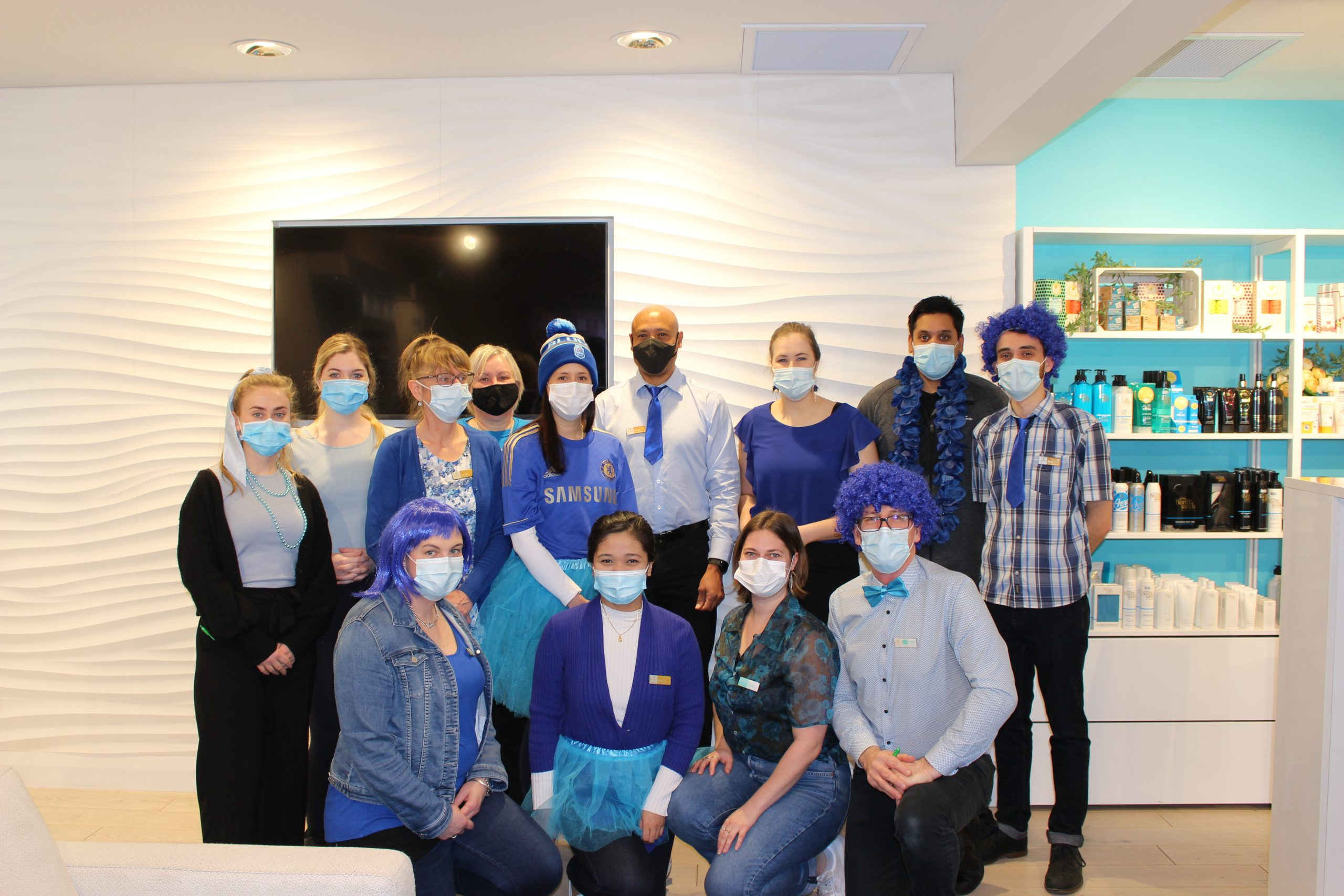 """You are currently viewing Hamilton's Hillcrest Pharmacy in the Remadee Lounge is supporting """"BLUE SEPTEMBER"""" fundraiser to raise awareness for prostate cancer with a charity boxing match featuring Olympian David Nyika."""
