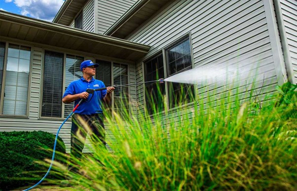 You are currently viewing Water blasting your house does more damage than good warns Rotorua's leading commercial and house washing service, Exterior Washing Services.